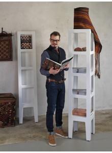 Stoječe stojalo za časopise in revije